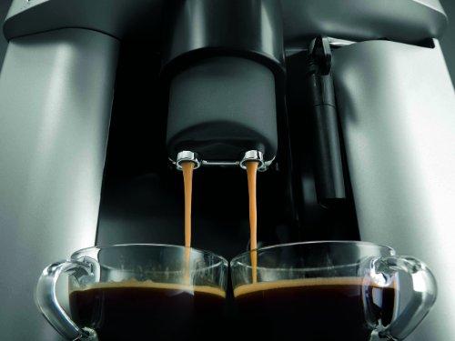 DeLonghi ESAM 3000.B Kaffee-Vollautomat (1350Watt, 1,8 Liter, 15 bar, Dampfdüse) schwarz - 3