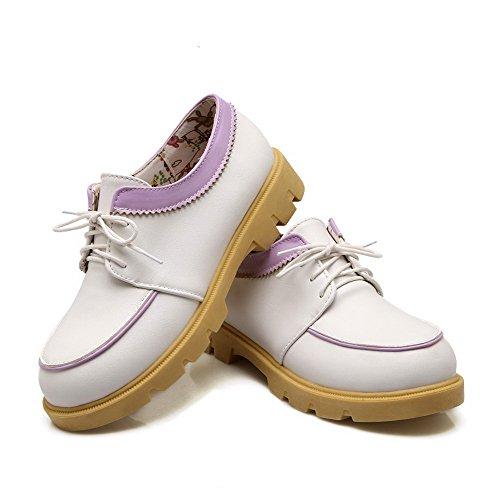 AllhqFashion Damen Schnüren Pu Leder Rund Zehe Niedriger Absatz Gemischte Farbe Pumps Schuhe Lila