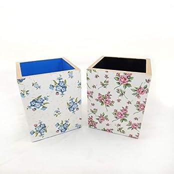 Set mit zwei Stifthalter – Rosa und blaue Blumen