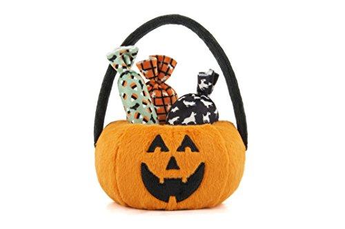 P.L.A.Y. Pet Lifestyle and You - PLÜSCH Hundespielzeug Howl-o-ween Treat Basket/Halloween Kürbis mit Bonbons aus Plüsch und Quietscher