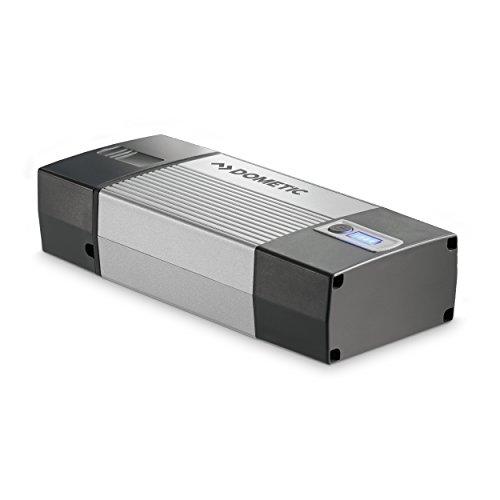 Dometic PerfectCharge MCP 1204, Auto & Boot Batterie-Ladegerät, 12 V, 4 A, 8 Ladeschritte für schonende Aufladung, Zubehör-Set