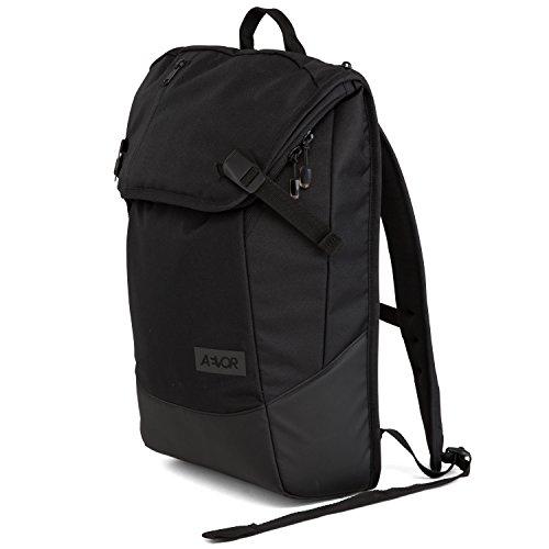 aevor-daypack-rucksack-fur-die-uni-und-freizeit-inklusive-laptopfach-und-erweiterbar-auf-28-liter-bl