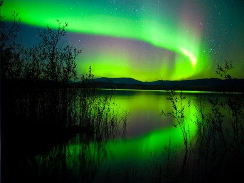 fototapete-grunes-polarlicht-kt401-grosse-350x260cm-arktis-nacht-licht