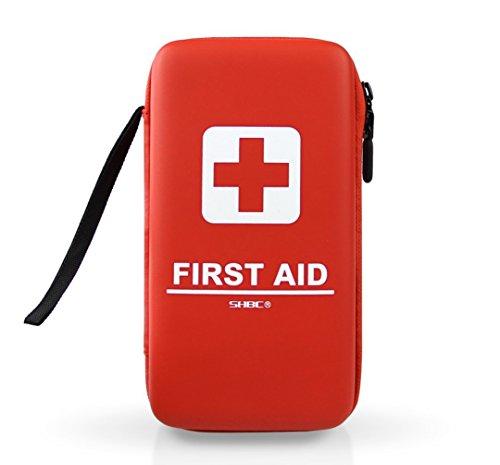 SHBC Compact Erste-Hilfe-Kit (139 Stück) Adventure Medical Kits Wasserdicht- Inklusive Notfalldecke, Feuerstarter, Kompass, Seilsäge für Survival, Home, Auto, Camping, Wandern, Jagd, Sport -