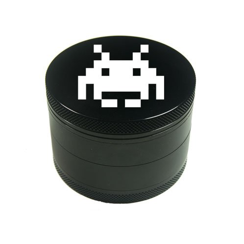 Grinder personnalisable en metal - SPACE INVADER - couleur : NOIR