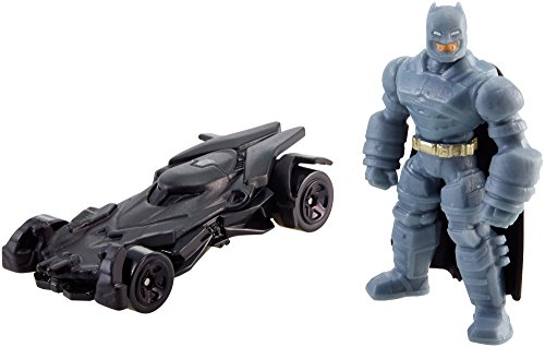 Hot Wheels Batman v Superman: Dawn of Justice Armored Batman Mini & Batmobile by Mattel