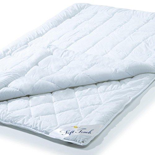 4 Jahreszeiten Bettdecke 200x220 cm Steppdecke atmungsaktiv kochfest, Ganzjahres Steppbett für Winter und Sommer aqua-textil Soft Touch 0010580