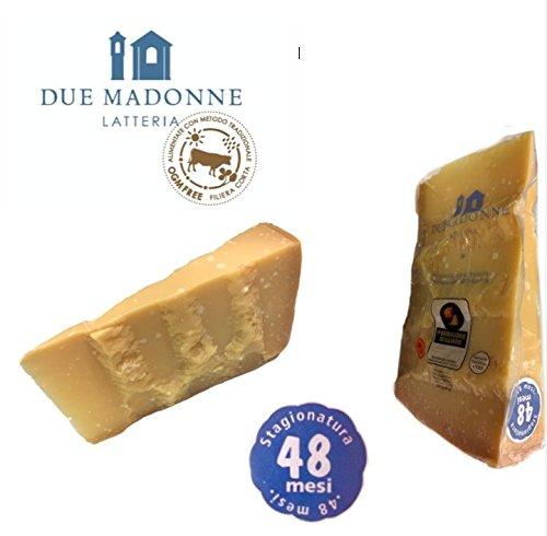 Latteria Due Madonne hace su queso con la leche producida en sus granjas cerca de la agenda. Esta cadena de suministro corta garantiza que todos sus productos son 100% trazables. Al mordecer en una pieza de Parmigiano-Reggiano Due Madonne, puedes sal...