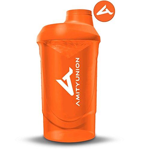AMITYUNION Protein Shaker Orange Deluxe 800 ml - Eiweiß Shaker auslaufsicher - BPA frei mit Sieb & Skala für Cremige Whey Proteinpulver Shakes - Gym Fitness Becher für Isolate und Sport Konzentrate