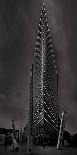 kunstdruck-poster-gittan-beheydt-pavane-the-sound-of-light-and-darkness-viii-pwc-office-tower-berlin