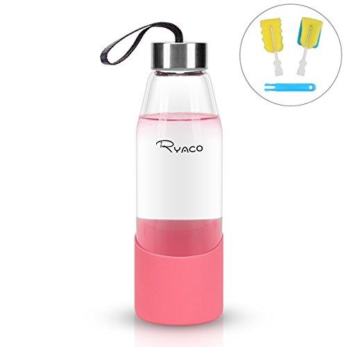 RYACO Glasflasche Trinkflasche Tragbare 500ml BPA-frei für unterwegs Sportflasche Glas Wasserflasche zum Mitnehmen von kalten Heiß Getränken mit Silikonhülle und Schwammbürste (Rosa, 500ml)