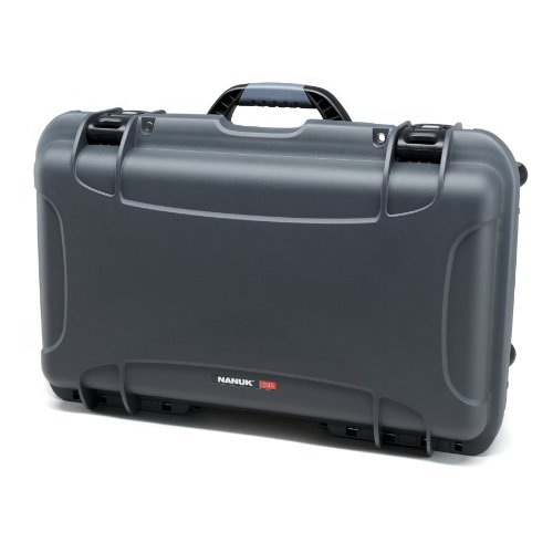 nanuk-935-waterproof-hard-case-with-wheels-empty-graphite