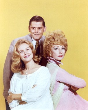 Moviestore Dick York als Darrin Stephens #1 unt Agnes Moorehead als Endora in Bewitched 25x20cm (Endora Bewitched)