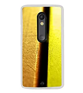 Colourful Bench Panels 2D Hard Polycarbonate Designer Back Case Cover for Motorola Moto X Play