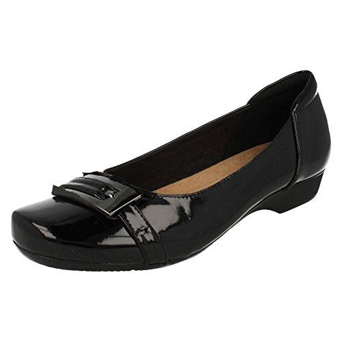 Zapatos bailarina para mujer, color Negro, marca CLARKS, modelo Zapatos Bailarina Para Mujer CLARKS...