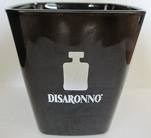 disaronno-amaretto-italy-liqueur-square-glasses-black-design-by-disaronno