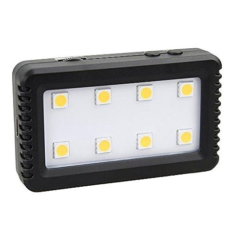 Mini Torche Vidéo LED Ultra Puissante 103 Lumens pour Appareil photo Reflex Nikon D7200 D7100 D7000 D5500 D5300 D5200 D5100 D5000 D3300 D3200 D3100 D3000 D810 D800 D750 D710 D700 D610