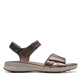 Clarks Un Adorn Calm Leather Sandals in Wide Fit Size 4
