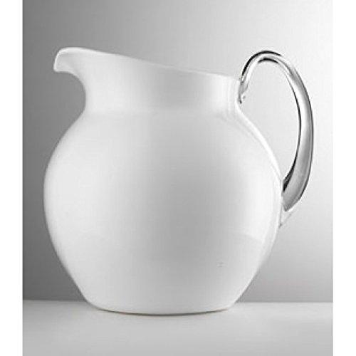 Giusti–Jarra abombada, de color blanco, esmaltada