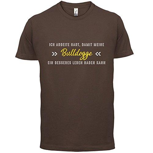 Ich arbeite hart, damit meine Bulldogge ein besseres Leben haben kann - Herren T-Shirt - 12 Farben Schokobraun