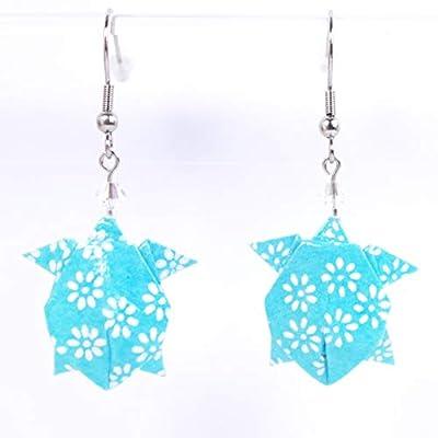 Boucles d'oreilles tortue de mer origami bleue avec des petites fleurs blanches - crochets inox