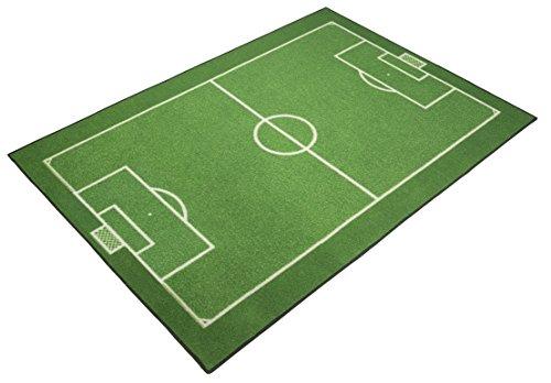 Fussball Teppich Fussballteppich Fussballplatz Spielfeld Fussballfeld Teppich Rasenplatz Kinderteppich Spielteppich für jeden Fussballfan ideal auch für den Hobbykeller ca. 95 x 133 cm (Fußball Teppiche)