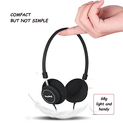EasySMX M110 Leichte On-Ear-Musik Kopfhörer hifi Kopfhörer Stylish Fabric Design Inline mit Mikrofon und Lautstärkeregler für PC / Smartphones / MP4 / MP3 3.5mm Stecker musik kopfhörer für jogging (Schwarz)