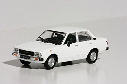143-coche-ruso-toyota-corolla-e70-143-ixo-legendary-coche-auto-ru99