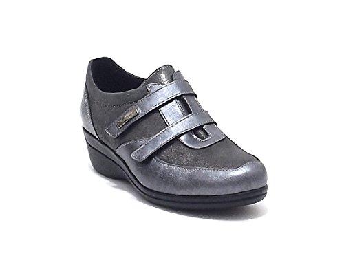 Susimoda scarpe donna, 8325/59, scarpa accollata Susimoda in pelle laminata e nabuk, colore grigio