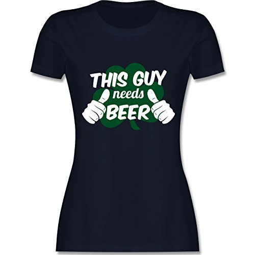 Shirtracer St. Patricks Day - This Guy Needs Beer Kleeblatt - Damen T-Shirt Rundhals Navy Blau
