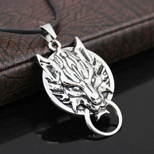 Final Fantasy VII Cloudy Wolf cloud wind Cosplay Accessories / necklace (japan import) by Import (Besten Wolf Kostüm)