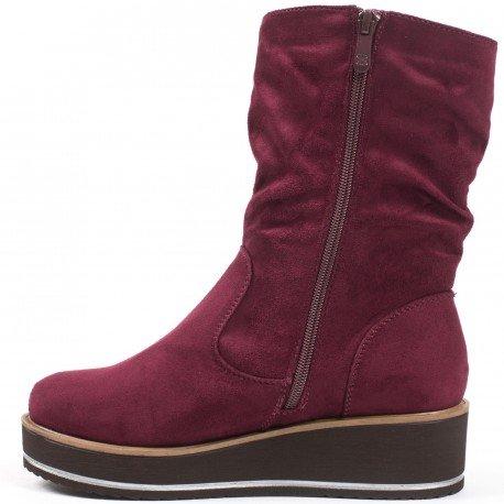 Ideal Shoes - Bottines compensées effet daim Iriana Rouge