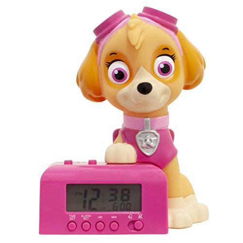BulbBotz Paw Patrol 2021760 Skye Kinder-Wecker mit Nachtlicht und typischem Geräusch | braun/pink | Kunststoff | Höhe: 14Zentimeter | LCD-Display | Junge/Mädchen | offiziell