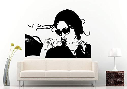 ne Art-Frau mit Lutscher-Knall in ihrem Mund-Wandgemälde-Vinyltapeten-Mädchen mit Sonnenbrille-Schatten-Ausgangsdekor 42 * 50cm ()