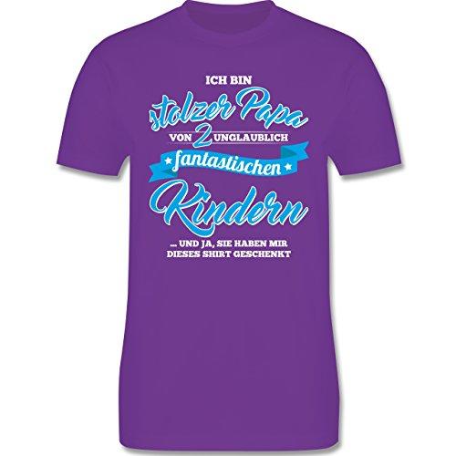 Shirtracer Vatertag - Stolzer Papa 2 Fantastische Kinder - Herren T-Shirt Rundhals Lila