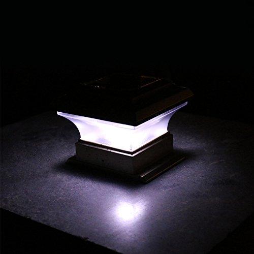 LNIMIKIY Solarbetriebene Deck Post Cap Licht, Outdoor Wasserdichte Gartenterrasse Zaun Pathway Lampe Intelligente Lichtsteuerung Sicherheit Dekoration Licht(Weiß) (Outdoor Licht-lampe Post)