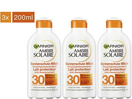 Garnier Ambre Solaire Sonnenschutz-Milch, LSF 30, feuchtigkeitsspendende Sonnencreme mit Shea Butter, 3er Pack (3 x 200 ml)