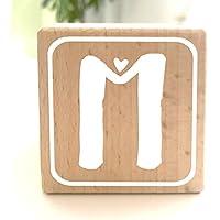 Holzwürfel mit Buchstabe M