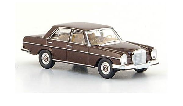 Modellauto dkl.-braun Fertigmodell Brekina Starmada 1:87 1965 W 108 Mercedes 280 SE