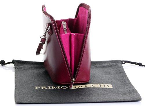 In pelle italiana, Small/Micro croce corpo borsa o borsetta borsa a tracolla.Include una custodia protettiva di marca. Prugna