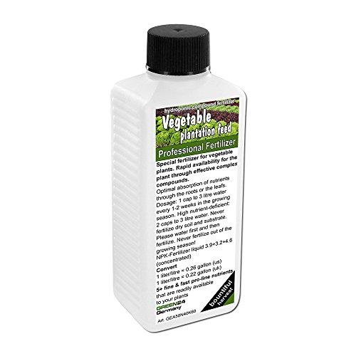 vegetales-plantacion-piensos-fertilizante-liquido-planta-comida-npk-para-col-turnip-zanahorias-lechu