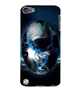 ColourCraft Earth Design Back Case Cover for APPLE IPOD TOUCH 5