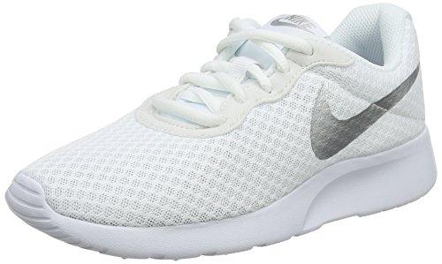 Nike Wmns Tanjun, Scarpe da Corsa Donna, Bianco (White / White-Black), 37.5 EU