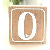 Holzwürfel mit Buchstabe O