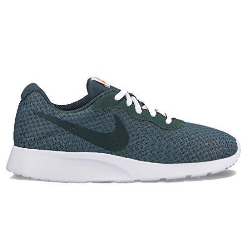 NIKE Women\'s Tanjun Running Shoes Outdoor Green/Vintage Green Size 10 B(M) US