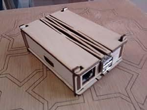 Raspberry Pi OLD VERSION case plywood. Cas de contre-plaqué de bouleau