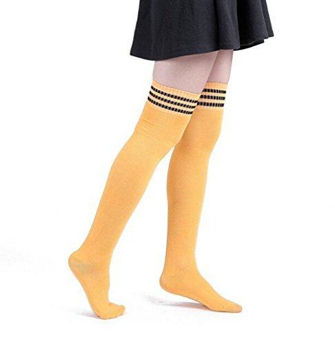 en Über den Knie Extra Lang Fußball Rugby Socks Strümpfe Sport Tights mit Klassik Dreibettzimmer Stripes Cosplay Socken (Gelb+Schwarz) (Lange Gelbe Socken)