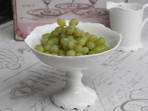 Schale mit Fuß Obstschale Teller aus Porzellan weiß 'Provence' von Chic Antique