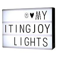 Letra decorativo LED lightbox con 90 cartas y símbolos para hacer tu propia diversion mensajes.Puedes cambiar los mensajes tan a menudo como te gusta simplemente deslizando las cartas.  Esta caja de luz incluye:Uno Free combinatino caja de luz90 blac...