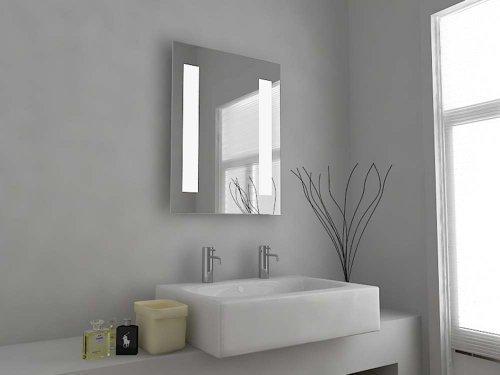 C26D Badezimmerspiegelschrank, mit Beleuchtung und Sensor, modernes Design, Rasiersteckdose, beheizt, klares Glas, 500x390mm